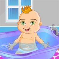 Игра Уход за купающимся малышом онлайн